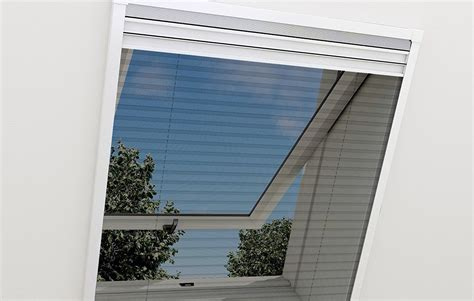 Insektenschutz & Fliegengitter Für Dachfenster Im Test