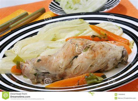 cuisine le lapin cuisine de lapin avec le fenouil photo stock image 14669840