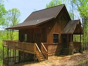 1 Bdr Deluxe Cabin Rental near Helen GA   Four Seasons