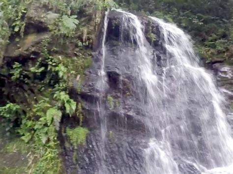 berbasah basahan  curug cihurang gunung bunder portal