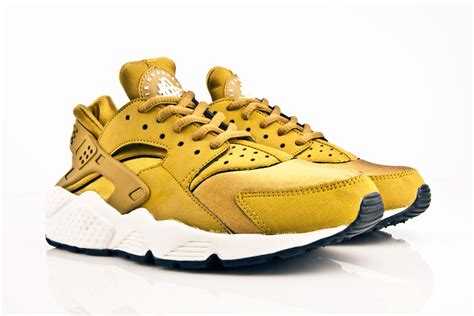 nike air huarache gold the sole supplier