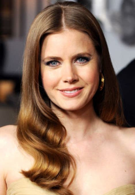 good  actress amy adams  wavy hairstyle  straight long side bangspng