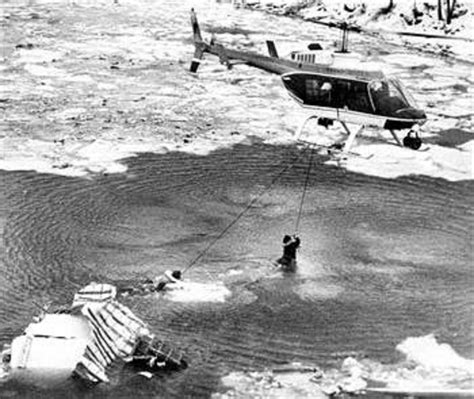 Potomac River Boat Crash by On This Day Air Florida Flight 90 Crashes In 1982 In