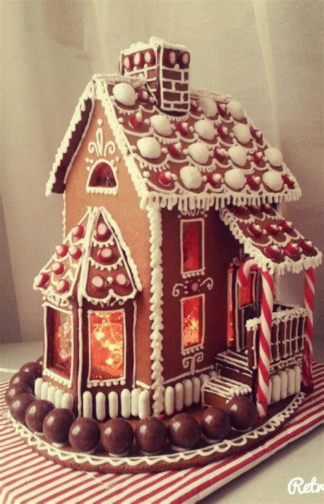 gingerbread victoria christmas gingerbread house