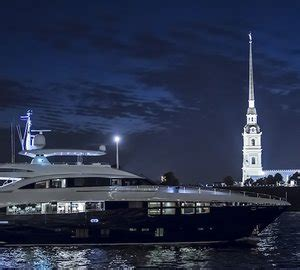 Yacht Uk by 98m Mega Yacht Aviva Is In The Uk To Meet Owner