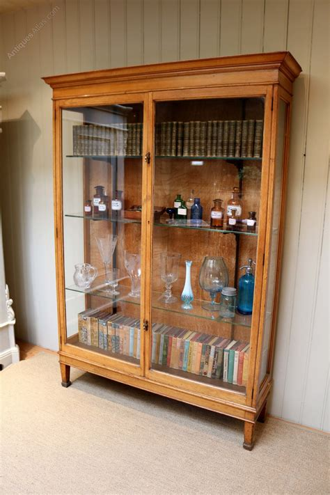 antique shop display cabinets for edwardian oak shop display cabinet antiques atlas 9032