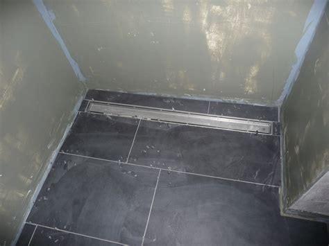 dusche ebenerdig fliesen boden der gäste dusche gefliest jetzt wird gebaut bautagebuch