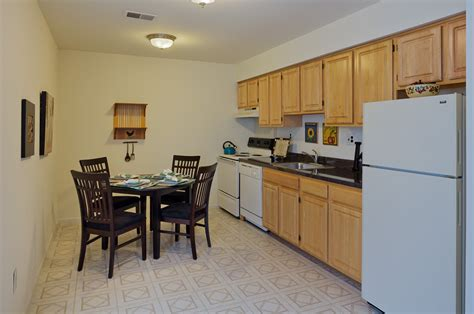3 Bedroom Apartments In South Jersey by Kitchen In Apartment In South Jersey With Wooden Cabinets
