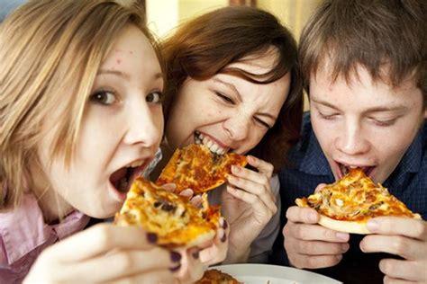 acne alimentazione acne cibi in out malattie e disturbi della pelle