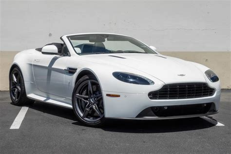 Pre-owned 2016 Aston Martin Vantage Gt Roadster