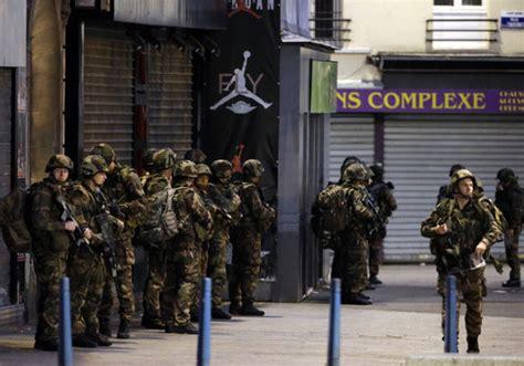 bureau recrutement arm馥 de terre ruée des jeunes français vers les armées