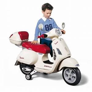 Achat Scooter Electrique : peg perego vespa enfant scooter electrique enfant 12 volts achat vente moto scooter ~ Maxctalentgroup.com Avis de Voitures