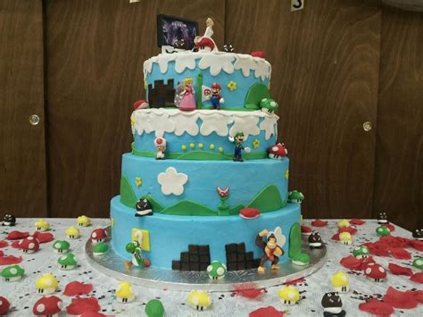 11 Beautiful Game Themed Wedding Cakes Bc Gb