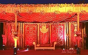 the gallery for gt indian wedding table decorations With indian wedding reception ideas