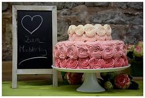 Rosen Ombre Cake (nicht nur) zu Muttertag Die Backschwestern