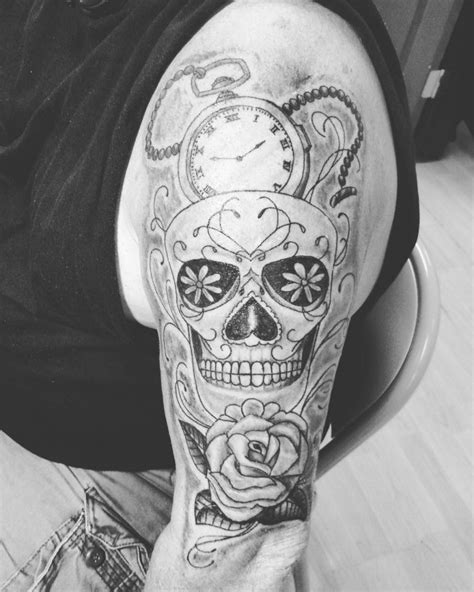 101+ Top Skull Tattoos And Designs For Men & Women