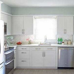 paint gallery greens paint colors and brands design With kitchen cabinets lowes with white ceramic birds wall art