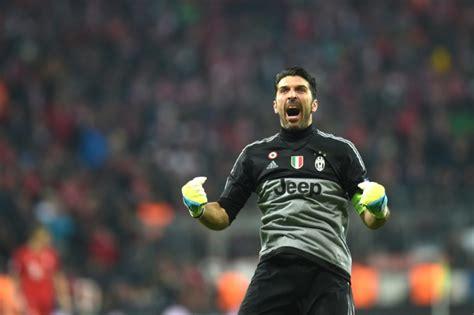 Buffon, Barzagli sign new Juventus deals - World Soccer Talk