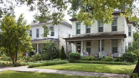 foursquare house   catalog