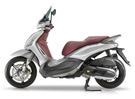 Review Piaggio Beverly by 2017 Piaggio Beverly 350 Sporttouring Review