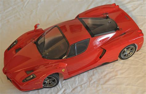 Rear diffuser and car underside are identical to the actual enzo. GoRC Canada. Tamiya 58302 Enzo Ferrari - TT01