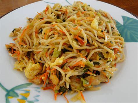 plats rapides à cuisiner recettes de nouilles sautées aux crevettes les recettes