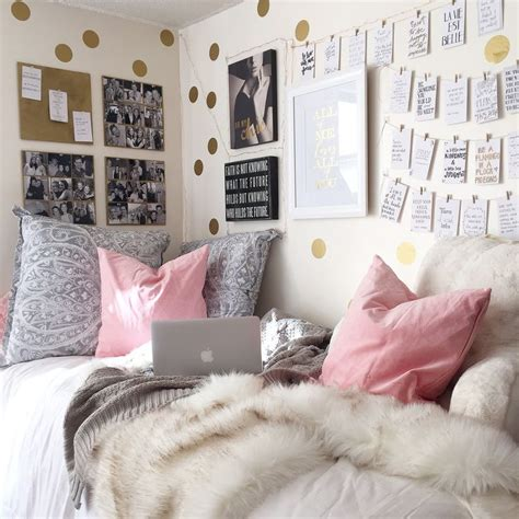 College Bedroom Decorating Ideas 1000 Ideas About Room On College Rooms College Dorms And Cool Rooms