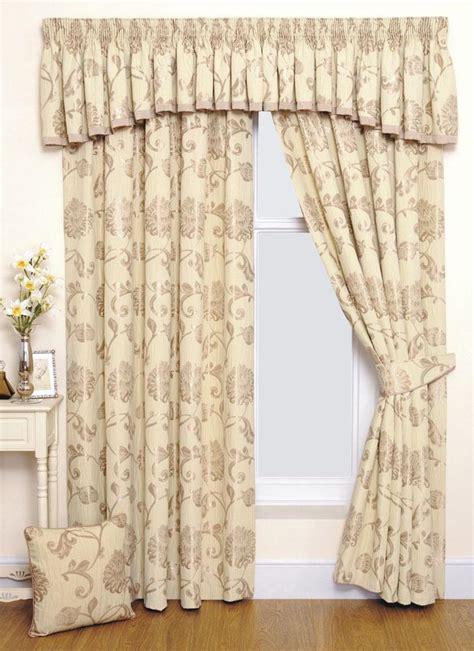 modern furniture design 2013 luxury living room curtains