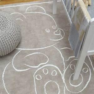 tapis moderne en coton beige avec motif ourson pour With tapis chambre bébé avec haut rouge fleuri