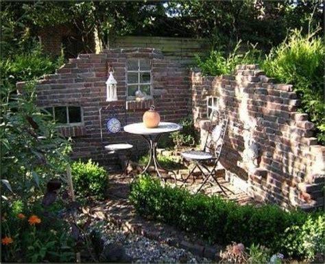 Mauer Im Garten by Alte Ziegelsteinmauern Im Garten Alte Mauern Im Garten New