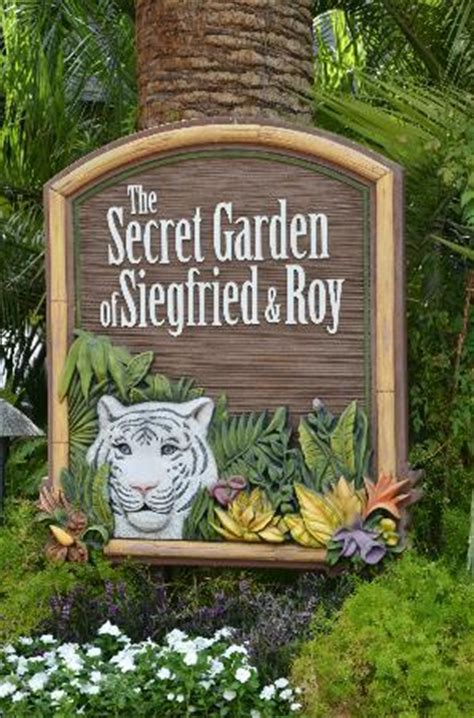 siegfried and roy secret garden tiger picture of siegfried roy s secret garden and