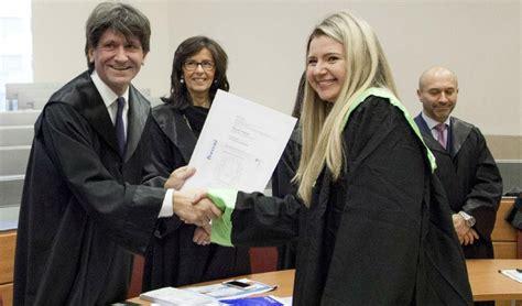 Ufficio Sta Bocconi by Via Sarfatti 25 Sedute Di Laurea Da Oggi Si Torna A