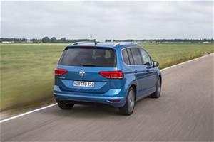Volkswagen Touran Confortline Business : fiche technique volkswagen touran iii 2 0 tdi 150ch bluemotion technology fap confortline ~ Gottalentnigeria.com Avis de Voitures