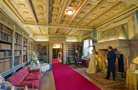 Warwick Castle Interior - warwick castle interior 1 warwick uk click on image