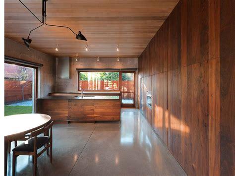 salon  doble altura una moderna casa de hormigon