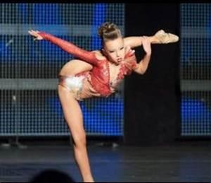 Sophia Lucia over split | Flexibility | Pinterest