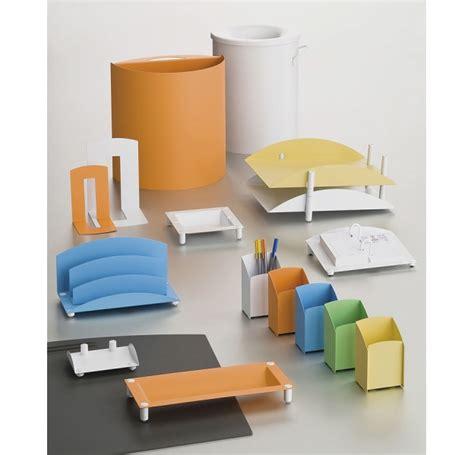 accessoir de bureau accessoire de bureau gamme couleur design nam mobilier