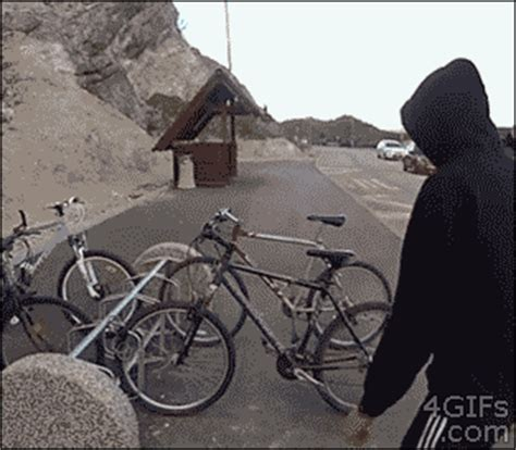 If you use imgur, put the v at the end of the gif like .gifv, or your post will be removed. 该放手时就放手否则:经典搞笑图片(2)_北海亭-最简单实用的电脑知识、IT信息技术网站