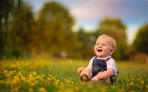 happy kid amazing smile face hd wallpapers rocks