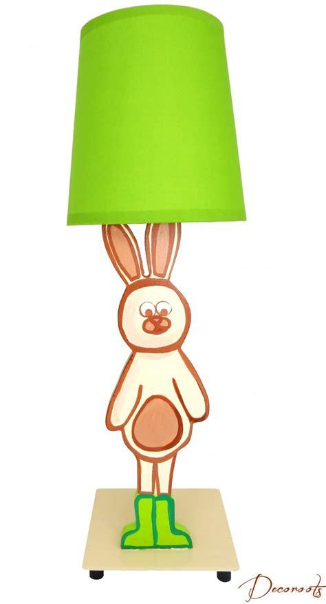le de chevet lapin le de chevet enfant b 233 b 233 lapin nature for 234 t beige vert et chocolat
