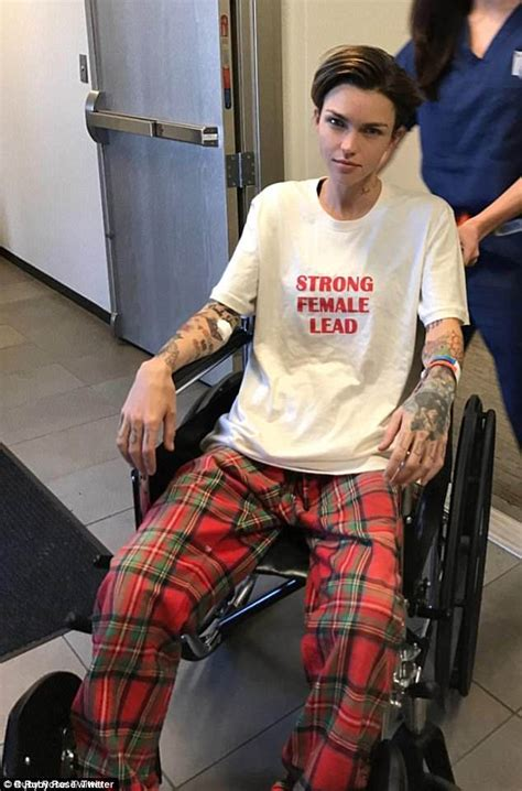 ruby rose snapchat ruby rose uses a cane after spinal surgery daily mail online