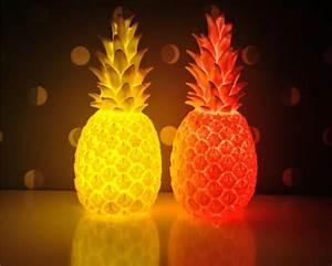 Ananas Objet Deco : lampe veilleuse ananas by lorena canals et eva newton ~ Teatrodelosmanantiales.com Idées de Décoration