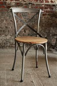 Chaise Bistrot Metal : 25 best ideas about chaise de bistrot on pinterest ~ Teatrodelosmanantiales.com Idées de Décoration