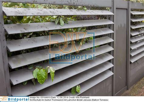 terrassenüberdachung mit lamellen details zu 0003184910 sichtschutz im garten trennwand