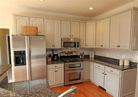 changing kitchen cabinets 22 best backsplashes images on kitchen ideas 2080