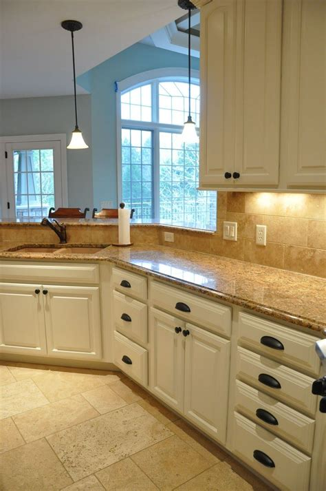 Kitchen Cabinet Colors And Countertops by Painting Kitchen Cabinets Before And After