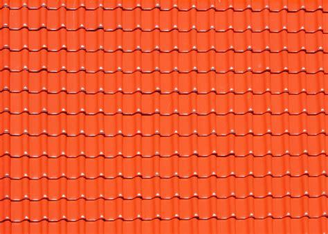 alu dachziegel die leichte alternative vorteile und preise