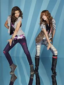 """Shake It Up"" Costumes: See How Bella Thorne & Zendaya ..."