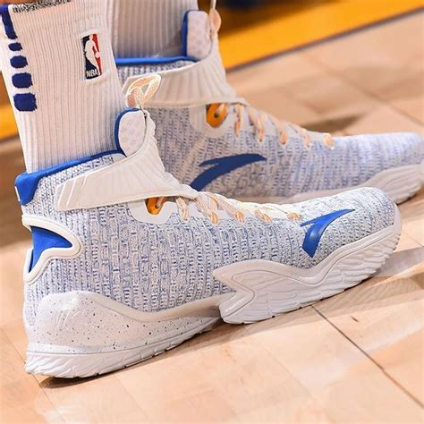 #SoleWatch: @KlayThompson wearing the