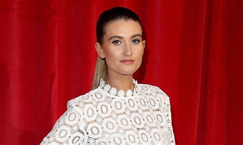 Charley Webb's simple stress relief hack gets RAVE reviews ...